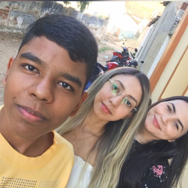 3 jovens foram presos em fragrante