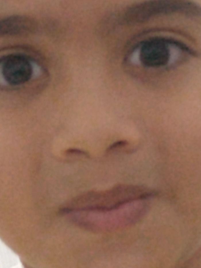 Criança de 8 anos enfia celular no cu, após descarregar confira: