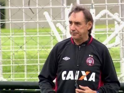 Athletico negocia a volta de Miguel Angel Portugal